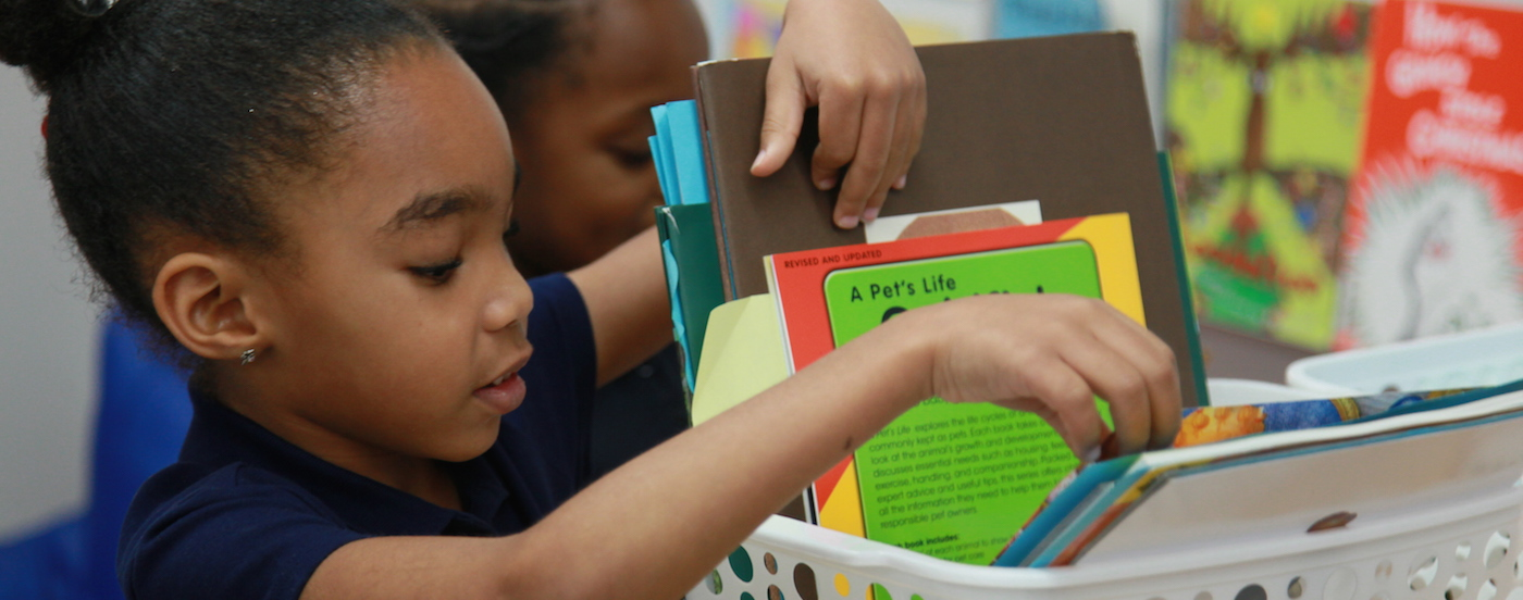 the benefits of strong home school partnerships Home school home schooling is another way for a child to receive his or her education it is one of many alternatives to regular schooling (classrooms and schools)it is the oldest alternatives to regular schooling and one of the most effective.